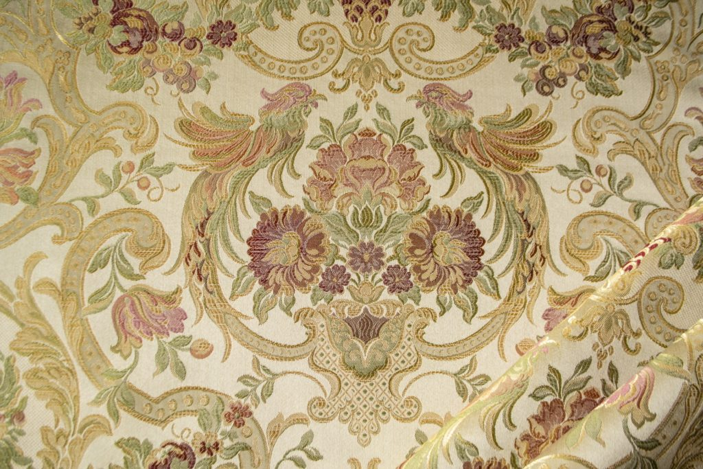 tessuto elegante rasato lurex con tableau mx galassia colore rosa